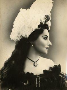 Maude Nugent 1896