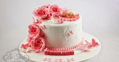 En søt liten kake til en søt liten Evelina :) Her var ønskene en hvit kake med putemønster, roser, sommerfugler og baby på teppe. Slik bl... Girl Shower, Baby Shower, Baby Girl Cakes, Panna Cotta, Cake Decorating, Decor Ideas, Ethnic Recipes, Desserts, Cake