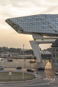 Zaha Hadid Architects' Antwerp Port House Photographed by Laurian Ghinitoiu,© Laurian Ghinitoiu