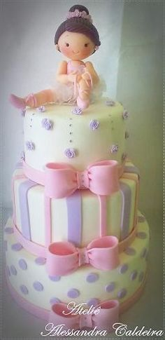 Ballerina cake ~ Perfect Pink Cake for Lil' Girls Birthday Party! Dance Cakes, Ballet Cakes, Ballerina Cakes, Pretty Cakes, Cute Cakes, Beautiful Cakes, Amazing Cakes, Ballerina Birthday Parties, Birthday Cake Girls