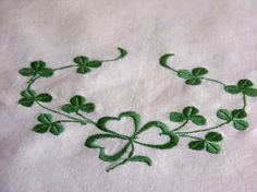 shamrocks-i'd love a handkerchief with this embroidered on it