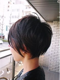 Dicke Kurze Haare Schneiden The post Dicke Kurze Haare Schneiden appeared first on Aktuelle. Thick Short Hair Cuts, Short Hairstyles For Thick Hair, Pixie Hairstyles, Cool Hairstyles, Hairstyle Ideas, Pixie Haircuts, Pixie Haircut Thick Hair, Thin Hair, Images Of Short Haircuts