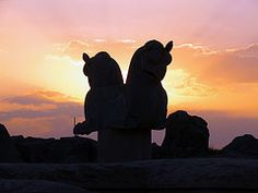 from dynamosquito Cyrus The Great, Persian Architecture, Greek Mythology, Griffins, Lions, Twilight, Sculptures, Asia, Photography