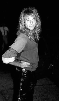 So fine, so fine, so fine! Yeah, I love my David Lee as if you can't tell :) RF David Lee Roth, Magna Carta, Glam Metal, Van Halen, Pop Rocks, Hard Rock, Rock And Roll, Singer, Actors