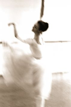 Carla Fracci in motion. Photo by Daniel Sorine, 1978.