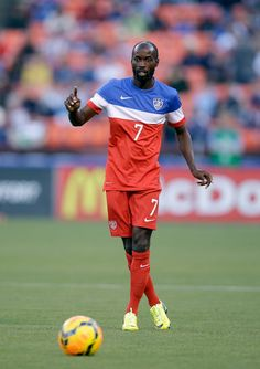 DaMarcus Beasley #7 of the United States