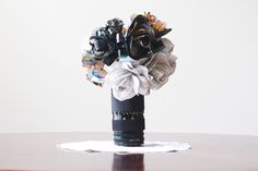 DIY: Turn a Lens into a Bouquet Holder...it's perfect!!!