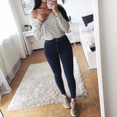 Roupas femininas, calças femininas, jeans e tênis, looks com calça jeans, looks Mode Outfits, Trendy Outfits, Teen Fashion, Fashion Outfits, Womens Fashion, Spring Outfits, Winter Outfits, Vetement Fashion, College Outfits