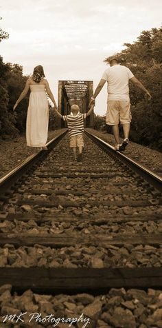 Family photos /  love the railroad track idea- this would be cool at sunset