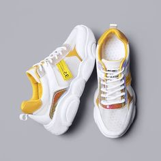 Womens New Style Bear Sole Sports Shoes Flat Shoes Fashion Sneakers Casual Sneakers, Sneakers Fashion, Fashion Shoes, Mens Fashion, New Shoes, Men's Shoes, Flat Shoes, Flat Sandals, Shoes Sneakers