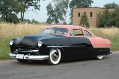 John St. Germain's 1950 Ford Coupe was in near-mint condition when he bought it, and got to work on giving it a '50s-era, traditionally styled shoebox apperance