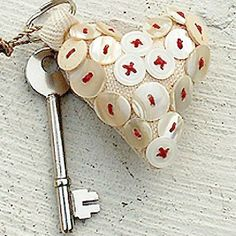 Google Image Result for http://www.creativeflourish.com/media/images/product_detail/accessories_keyringred_m.jpg
