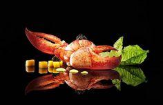 Bogavante- Creatividad Gastronomica - L'art de dresser et présenter une assiette comme un chef de la gastronomie... > http://visionsgourmandes.com > http://www.facebook.com/VisionsGourmandes . Vous aimez Visions Gourmandes ? Alors participez en partageant cette photo ! ;) #gastronomie #gastronomy #chef #presentation #presenter #decorer #plating #recette #food #dressage #assiette #artculinaire #culinaryart #design #culinaire