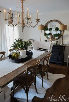 80 Gorgeous Farmhouse Dining Room Table and Decorating Ideas Dining Room Decor Decorating Dining Farmhouse Gorgeous Ideas Room Table Farmhouse Dining Room Table, Dining Table Design, Modern Dining Table, Dining Room Sets, Farmhouse Chairs, Round Dining, Dining Room Table Centerpieces, Decoration Table, Centerpiece Ideas