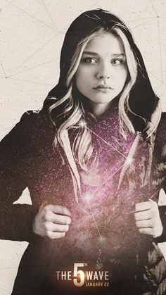 If Cassie Sullivan is your personal hero, why not Cassify your Galaxy phone with a free wallpaper courtesy of The 5th Wave?