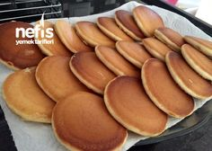 Nefis Pankek Tarifi (garantili Tarif) Hot Dog Buns, Hot Dogs, Galette, Pretzel Bites, Pancakes, Beverages, Food And Drink, Bread, Breakfast