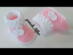 Crochet Baby Girl Shoes In Baby Booties Knitting Pattern, Crochet Baby Shoes, Crochet Baby Booties, Crochet Slippers, Baby Knitting Patterns, Baby Patterns, Crochet Mandala Pattern, Crochet Patterns, Boat Boots