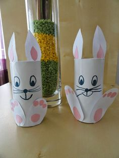 Bildergebnis für osterhase klopapierrolle (paper crafts for kids) Easter Crafts For Toddlers, Easter Arts And Crafts, Bunny Crafts, Paper Crafts For Kids, Toddler Crafts, Spring Crafts, Diy And Crafts, Easter Table Decorations, Toilet Paper Roll Crafts