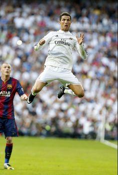 Cristiano Ronaldo ne veut pas lever le pied  - http://www.actusports.fr/122631/cristiano-ronaldo-veut-pas-lever-pied/