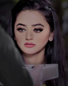 Beauty Full Girl, Beauty And The Beast, Helly Shah, Best Friend Drawings, Esra Bilgic, Cool Girl Pictures, Bridal Pictures, Jennifer Winget, Girls Dpz