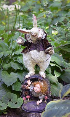 Guest Artist Scott Smith – Rucus Studio – Art Dolls Only Scott Smith, Textile Sculpture, Elves And Fairies, Gothic Dolls, Doll Shop, New Dolls, Needle Felted Animals, Freelance Illustrator, Halloween Art