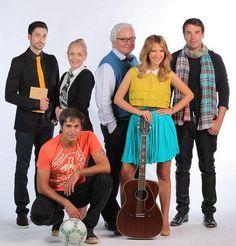Pariu cu viata (TV Series 2011- ????) Drama Tv Shows, Switched At Birth, Love Story, Tv Series, Musicals, Teen, Band, Sash, Teenagers