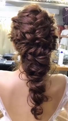 Get inspired with amazing bridal hairstyle ideas for your wedding day. 💕 // mysweetengagement… // You … Long Hair Wedding Styles, Wedding Hairstyles For Long Hair, Wedding Hair And Makeup, Bun Hairstyles, Hair Makeup, Long Hair Styles, Hairstyle Ideas, Hairstyles For Weddings, Curly Hair Updo Wedding