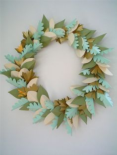 paper wreath - Instructions here: http://homes.ninemsn.com.au/houseandgarden/food/8179750/leafy-wreath