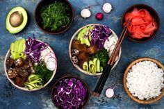 Hawaiian Tuna Poke Bowl With Seaweed, Avocado, Red Cabbage, Radishes And Black Sesame Seeds. Stock Image - Image of color, food: 75011977 Poke Bowl, Ceviche, Sashimi, Skinny Recipes, Healthy Recipes, Eating Tacos, Bowls, Grain Bowl, Fish Salad