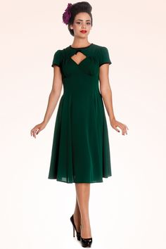 Bunny - 40s Nell Keyhole Dress in Vintage Green