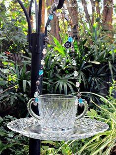 Glassware birdfeeder idea