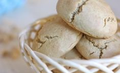 Grain free Paleo Dinner Rolls