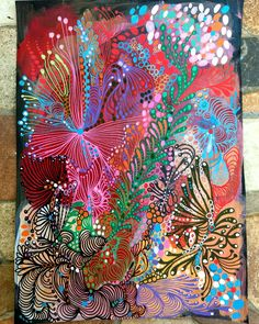 Abstract painting done with poscas and acrylic painting titled Bouquet 18 × 24, 5cm on black basik paper 160g.