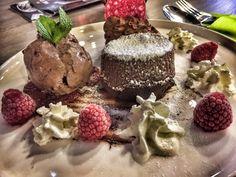 Chocolade Moelleux: om heerlijk te genieten bij herfstweer! http://www.barbib.be/2016/11/chocolade-moelleux-om-heerlijk-te.html?utm_source=rss&utm_medium=Sendible&utm_campaign=RSS