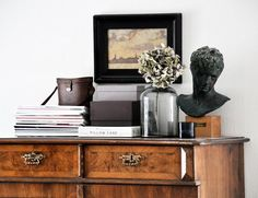 Vintage vignette in neutral tones of black and brown.