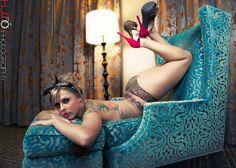 Desirae Tooz by HugoVPhotography.com