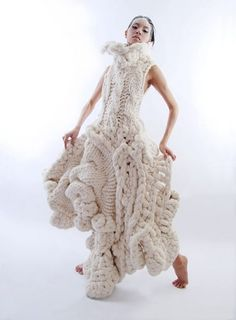 Wearable Crochet Art Johan Ku Emotional Scultpures - Since electronic devices su. Knitwear Fashion, Knit Fashion, High Fashion, Unique Fashion, Haute Couture Style, Crochet Art, Knitting Designs, Knitting Patterns, Mode Inspiration