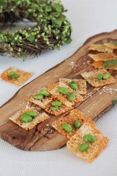 カリカリ焼きチーズ by 野島ゆきえ 「写真がきれい」×「つくりやすい」×「美味しい」お料理と出会えるレシピサイト「Nadia | ナディア」プロの料理を無料で検索。実用的な節約簡単レシピからおもてなしレシピまで。有名レシピブロガーの料理動画も満載!お気に入りのレシピが保存できるSNS。