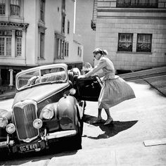 Spectacular Black and White Portrayal of San Francisco in the 1940s and '50s