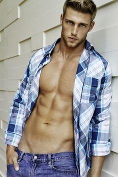 Heath Hutchins, Hot Guys, Le Male, Hommes Sexy, Attractive Men, Good Looking Men, Muscle Men, Male Beauty, Gorgeous Men