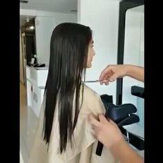 Cutting Hair, Hair Falling Out, Hair And Beauty Salon, Cut Off, Hairdresser, Good Times, Short Hair Styles, Hair Cuts, Floor