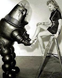 Women and women pinup vintage vintage robots robot 04 Photo story