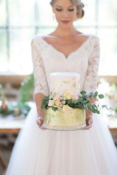 French Industrial Glamour Wedding Inspiration   SouthBound Bride   http://southboundbride.com/brick-blush-wedding-inspiration