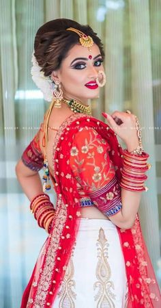 Pinterest ● @bhavi91 Indian Wedding Poses, Indian Wedding Couple Photography, Indian Bridal Outfits, Indian Bridal Makeup, Indian Bridal Fashion, Indian Bridal Wear, Bride Photography, Bride Indian, Indian Photography