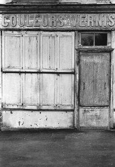 1972 - Belleville démoli - Paris Unplugged Menilmontant Paris, Outdoor Decor, Artist, Belleville, Memories, Urban, Urban Photography, Old Paris, Childhood
