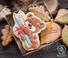 Fancy Cookies, Cute Cookies, Cupcake Cookies, Sugar Cookies, Cupcakes, Paint Cookies, Honey Cake, Galletas Cookies, Cookie Designs