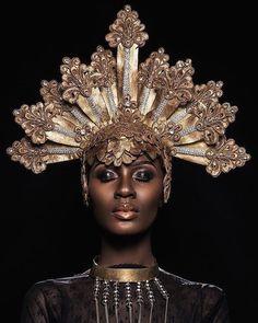 Black Monarch.  @Ohwawa photographed by @Oye_diran.  Stylist - @Oliviamarieg  Mua - @Moshoodat