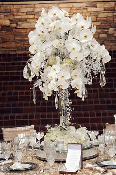 Indian Weddings Inspirations. White Tablescapes. Repinned by #indianweddingsmag indianweddingsmag.com