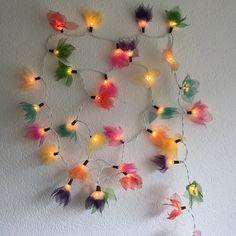 Lichterkette aus Maulbeerblättern