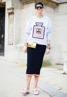 """Microtrend: The Spring """"It"""" Bag That Won't Kill Your Back via @WhoWhatWear"""